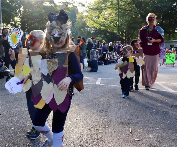 View a Slideshow of the Annual College Heights Book Parade!